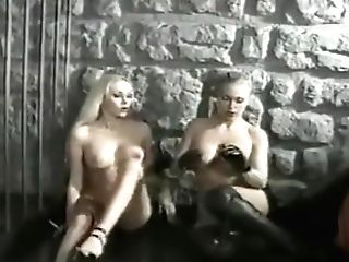 Smoking Fixation Lesbos 098 Retro Lesbo Domination Smooch